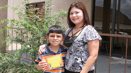 mother s day essay contest san benito news deacan e gomez and mom