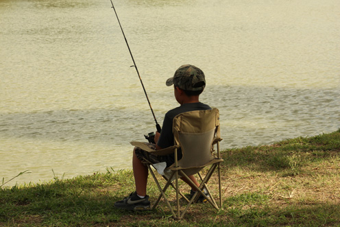 Eighth annual kids fishing tournament on tap san benito news for Little kid fishing pole