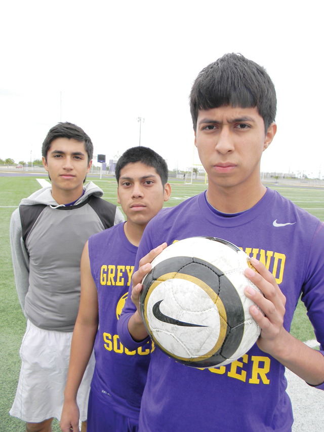 'Hounds ready for Rivera in first bi-district clash
