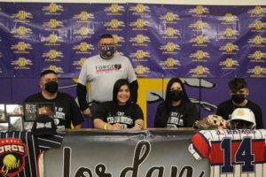 Softball player Jordan Ramos signs with Texas A&M San Antonio